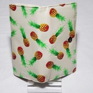 NWT Ladies Pineapple Wallet - Cream/Beige - Summer